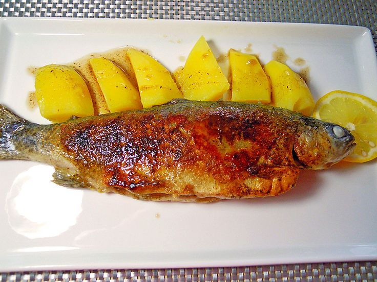 Forelle Müllerin, ein tolles Rezept aus der Kategorie Fisch. Bewertungen: 29. Durchschnitt: Ø 4,5.