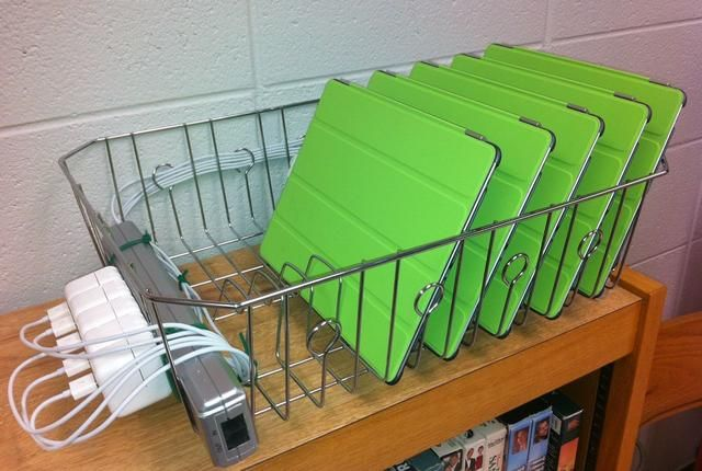 love this idea! ACHS IT saves money with DIY iPad charging rack on ColumbiaMagazine.com