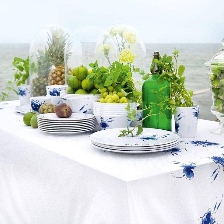 #Medusacopenhagen #SS15 #Bluedancers #melamin #tableware #summer #service #tablecloth #rikkitikki