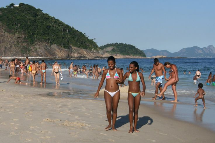 booty-naked-beach-in-brazil-pussy-ass