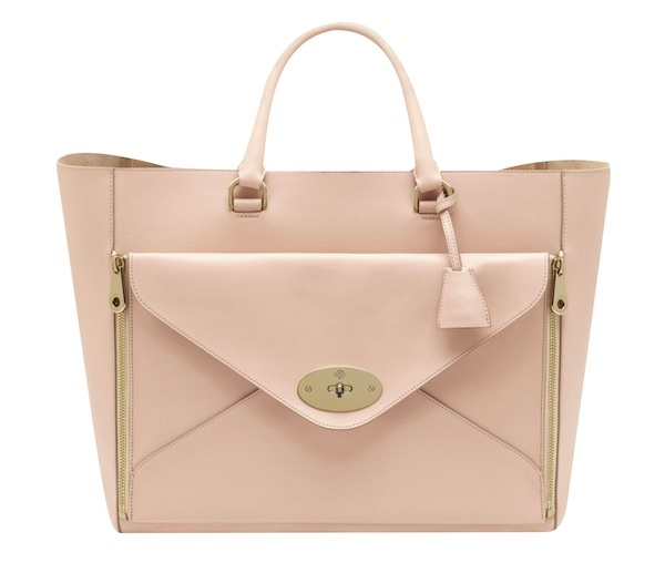 Guess which celeb we predict will carry this Mulberry bag come spring? Click to find out!
