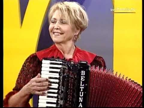 Christa Behnke (Zirkus Renz) Goldene Hitparade R L 03 10 1992 - YouTube