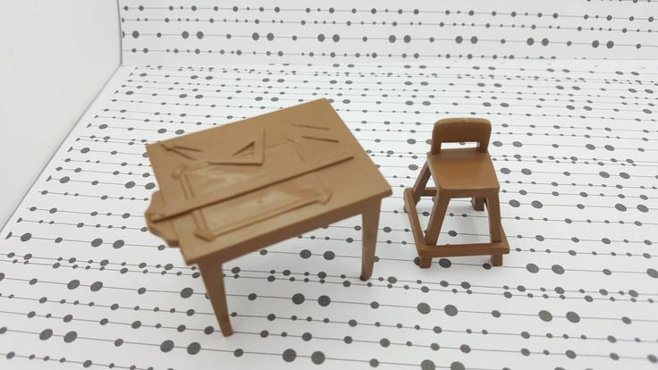 Marx Drafting Table and Stool Toy Dollhouse Traditional Style hard Plastic Play set piece Half inch scale Miniature