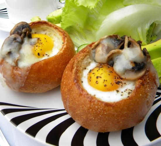 Baked Egg Topping In Bread Bowl: Eggs In A Crusty Bowl Of Bread
