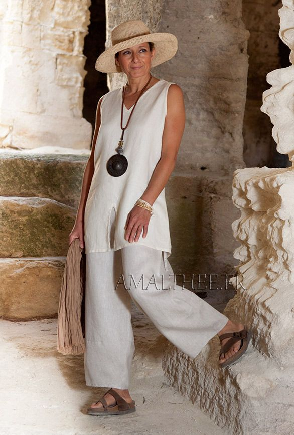 Linen outfit:sleeveless cream linen tunic and oatmeal linen trousers. -:- AMALTHEE -:- n° 3395