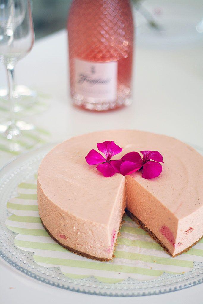 lunni leipoo suklaakakku