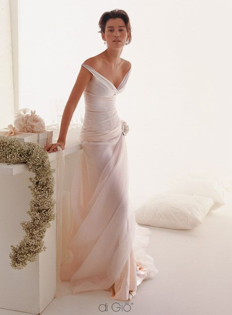 Le Spose di Giò - this designer has stunning and different gowns. Beautiful..