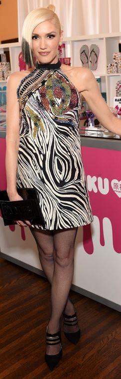 Who made  Gwen Stefani's black and white print dress?