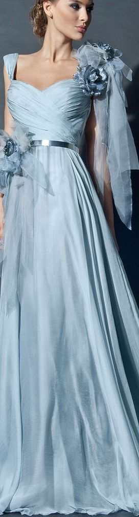 TURQUESA | The House of Beccaria~ | aqua wedding | aquamarine wedding | light blue wedding