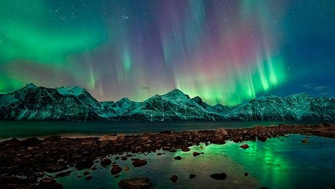 Aurora over Lyngensalpen, Norway on January 25, 2011: Solar Storms, Trav'Lin Lights, National Geographic, Aurora Lights, Aurora Borealis, Northern Lights, The Buckets Lists, Solar Flare, Norway