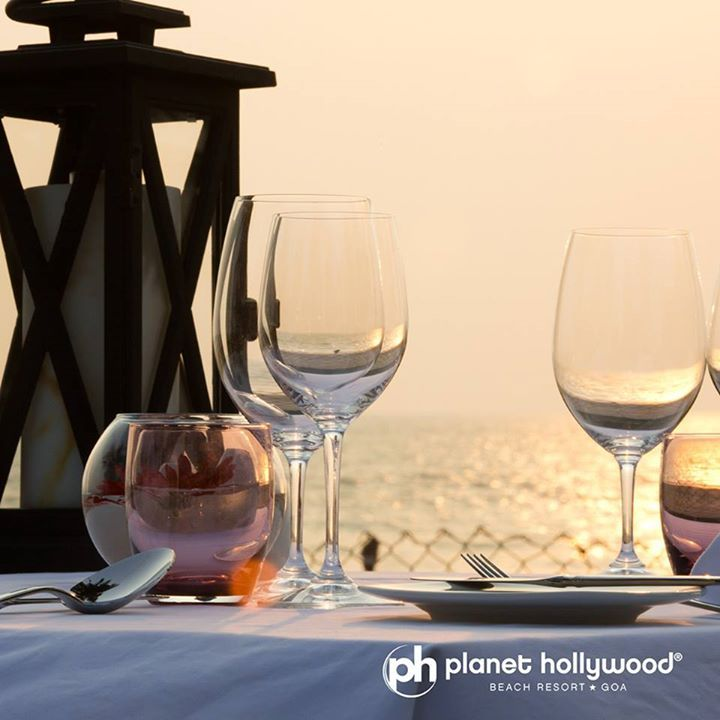 Rendezvous the miraculous sunset & celebrate a perfectly wonderful evening at #PlanetHollywood Beach Resort, #Goa   #PlanetHollywoodGoa #BeachResort #India