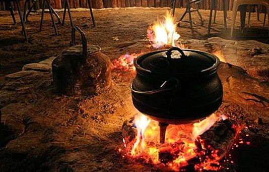 Potjiekos - Diverse South - African Traditions BelAfrique - Your Personal Travel…