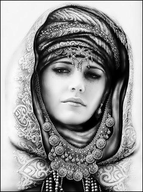 غطاء للرأس يعود الى الحقبة التدمرية قبل 2000 سنة ما زال موجودا في بعض المناطق السورية