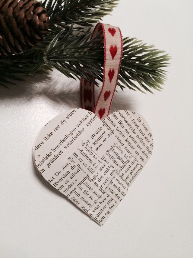 DIY: Christmas heart - old paper