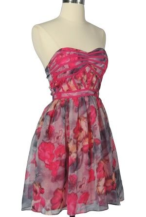 Lily Boutique. Beautiful dresses <3