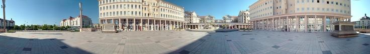 Grande Place à Bussy-Saint-Georges - 2004