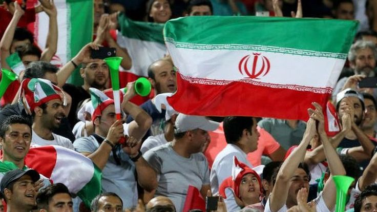 Iran detains two women for going to a football match