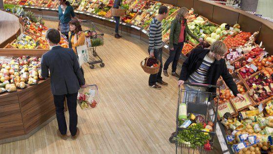 Il Senato approva il provvedimento che impedisce ai supermercati di gettare il cibo, obbligandoli ad accordarsi con le associazioni per la sua distribuzione.