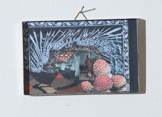 collage in a box 16 di SMALLUNIVERSES su Etsy