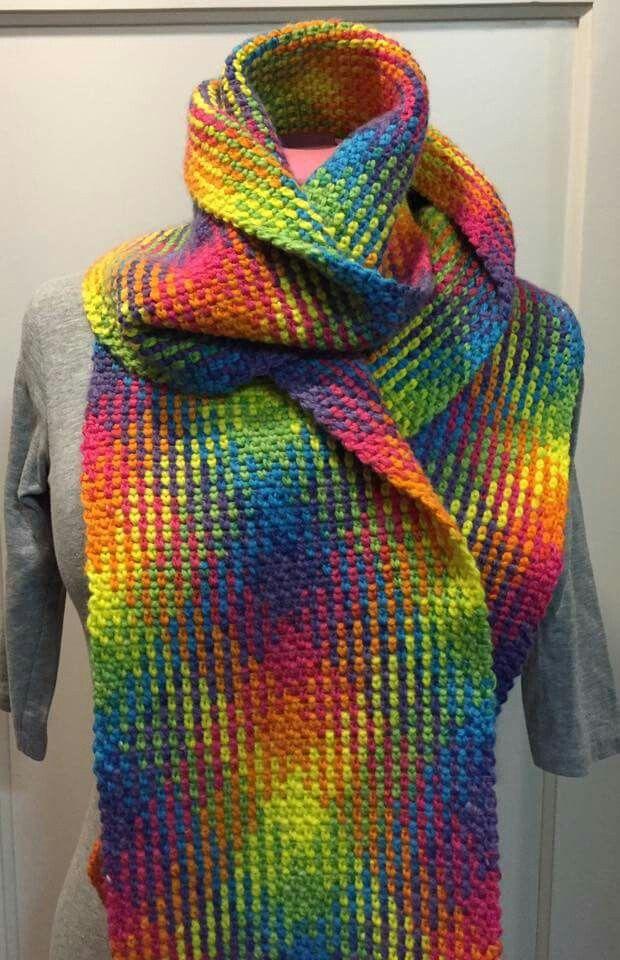 Planned pooling scarf made bij Moojz