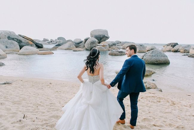 Ocean Glitz Wedding | SouthBound Bride | http://www.southboundbride.com/ocean-glitz-wedding-at-the-12-apostles-hotel-by-aglow-photography | Credit: Aglow Photography