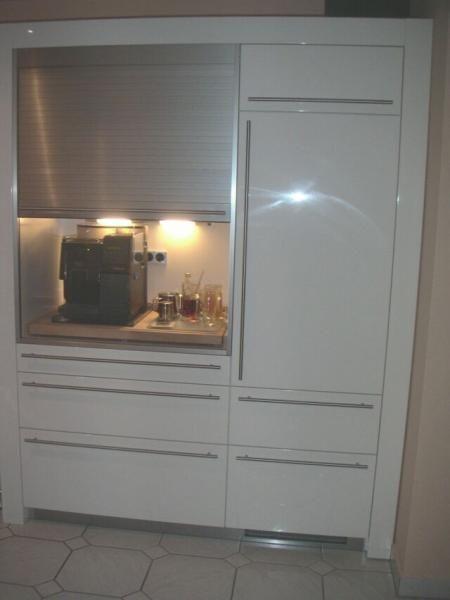 Best Küchenschrank Mit Rollo Gallery - Home Design Ideas ...
