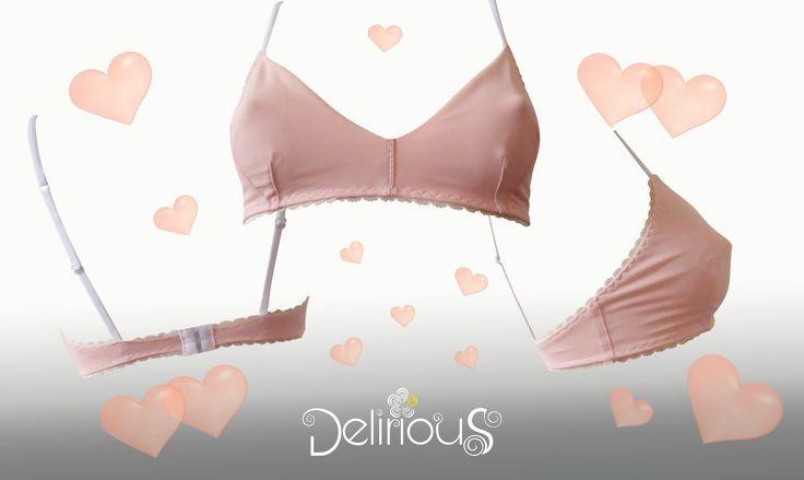 Soutien-gorge sans armature triangle Little Pink rose attache au dos de la boutique LingerieDelirious sur Etsy
