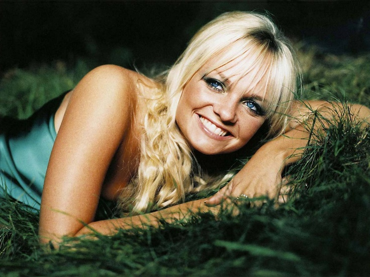"Emma Bunton (Baby Spice) on the set of the ""Let Love Lead the Way"" Music Video (2000) #SpiceGirls"