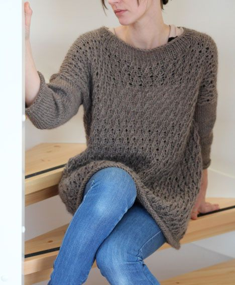 Love love the boat neck, the 3/4 stockinette sleeves (pick ...