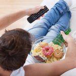 Adolescenti, 5 mosse contro obesità e disturbi alimentari