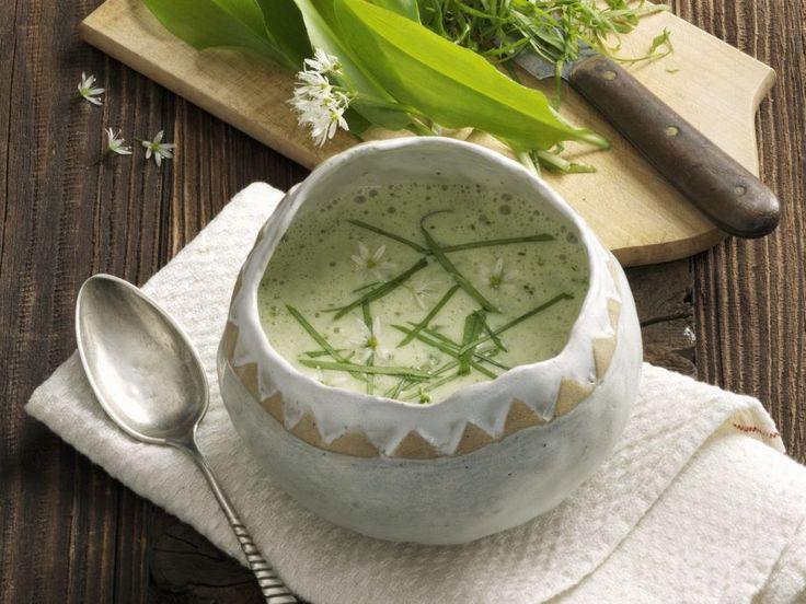 Bärlauchcremesuppe ist ein Rezept mit frischen Zutaten aus der Kategorie Kräuter. Probieren Sie dieses und weitere Rezepte von EAT SMARTER!