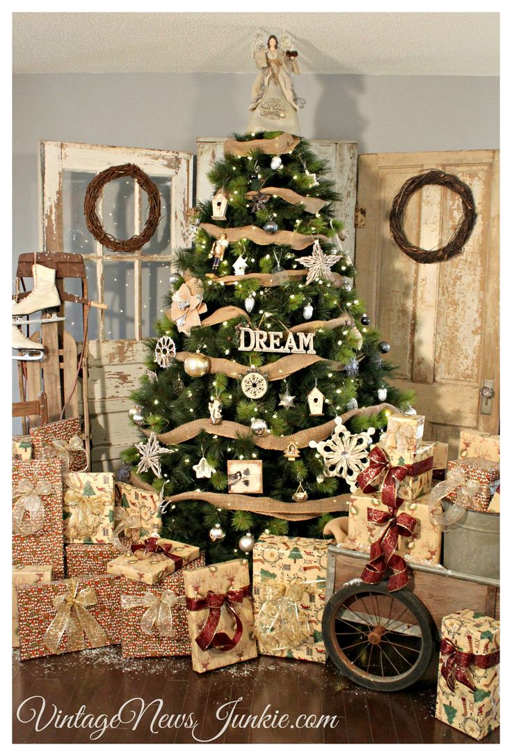 Home products company decorating ideas news amp media download contact - Vintage News Junkie Vintage Rustic Christmas Tree Decor Nini The Sea Christmas Pin Collection