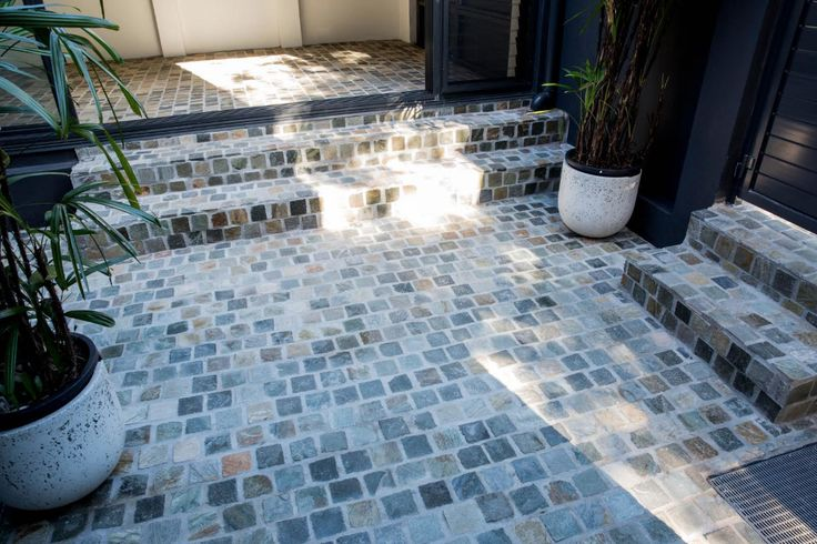 With its multicolor variation, Bonza Cobblestones makes it great feature for a driveway, carport or patio. Visit our website to learn the various characteristics of each stone and receive individual assistance in choosing just the right product to beautify your home and garden.  http://www.armstone.com.au/products/cobblestones/bonza/
