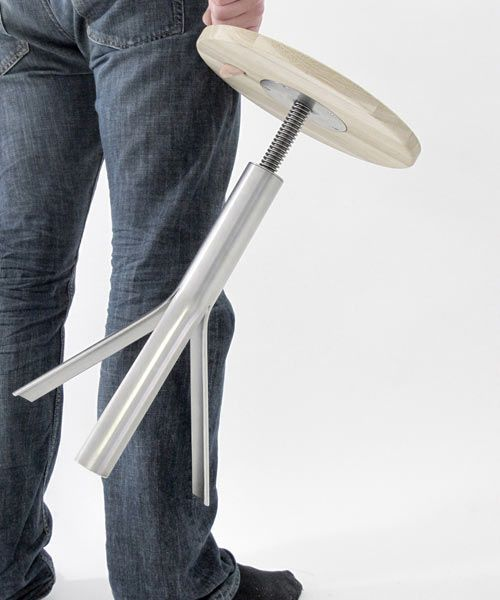I've seen plenty of adjustable stools, but this one has nice details.