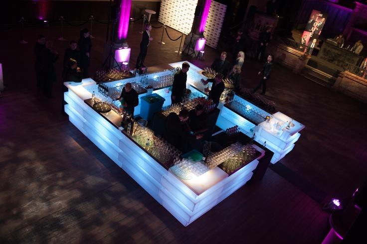 Light bar  #bespokefurniture #barhire #eventprofs #bespoke #eventhire