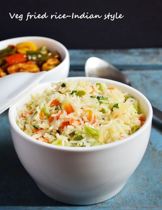 Dinner ideas: Quick and easy veg fried rice, easy Indian style fried rice with just 2 spices!  Recipe @ http://cookclickndevour.com/easy-veg-fried-rice-recipe-indian-style  #cookclickndevour #vegan #rice #streetfood