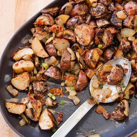 Smokey potato salad  6 slices bacon 3 tablespoons red wine vinegar 2 tablespoons mayonnaise 2 teaspoons minced canned chipotle chiles in adobo sauce Salt and pepper 3 tablespoons olive oil, plus extra for brushing 3 pounds small red potatoes, unpeeled, halved 1 large onion, sliced into 1/2-inch-thick rounds 4 scallions, sliced thin