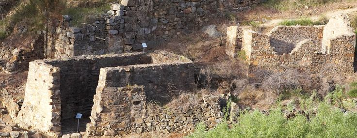 Adelong Falls Gold Mill Ruins - part of the Gold Trail  .. and now in the 21st century .... SOVEREIGN GOLD – MT ADRAH MINES, Adelong Area ...    http://beauforthouse.com.au/history/