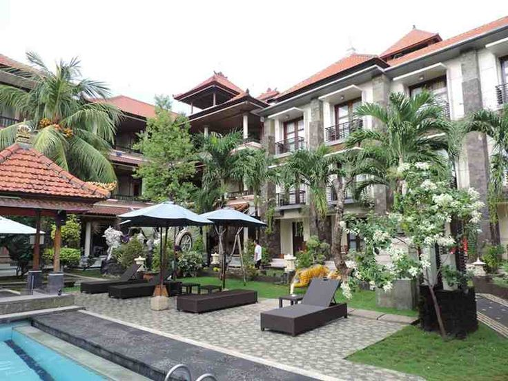 La Walon Hotel Kuta Bali is committed to ensure the guest stay comfort as possible with the professional friendly staffs, they're ready to assist and make the guests' satisfaction as the highest point in giving services