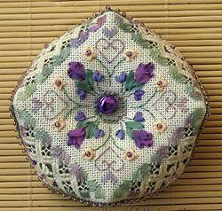 Victoria Sampler- Spring Biscornu freebie- I would love to put the daffodills in the corners.