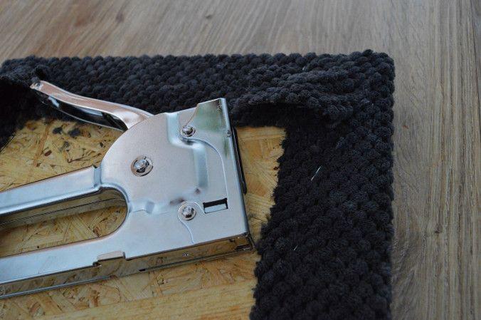 DIY tapicerowany zagłówek nad łóżko