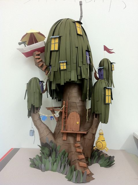 Lindsay Way's three-foot tall Finn & Jake treehouse made for a friend.