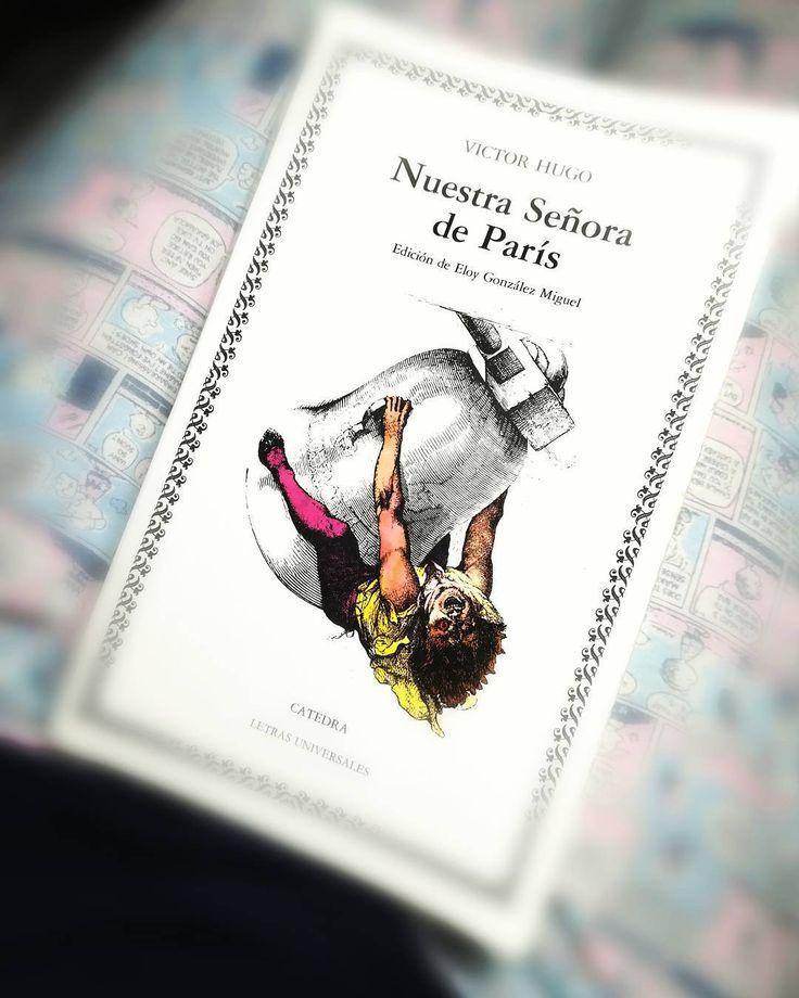 Moría por leerla  Y me encanta... #Lectura #DeBolsillo #VíctorHugo #NuestraSeñoraDeParís #VIERNES #latepost #Cuasimodo