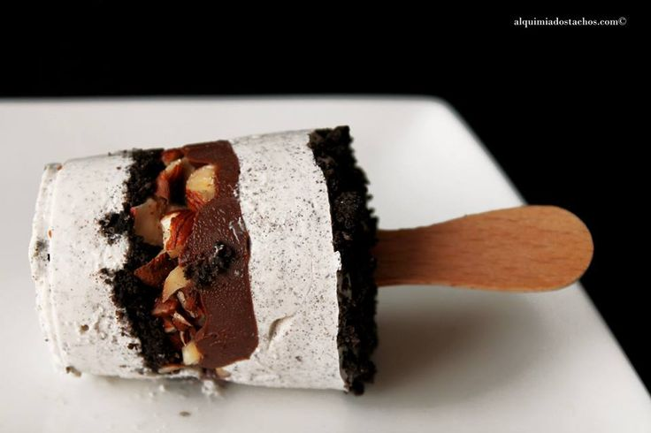 Alquimia dos Tachos: Picolé de Oreo e Nutella / Layered Oreo & Nutella Popsicles