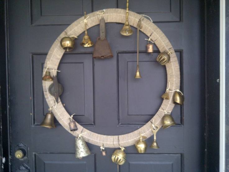 brass bell wreath ..... lots of thrift store finds! -