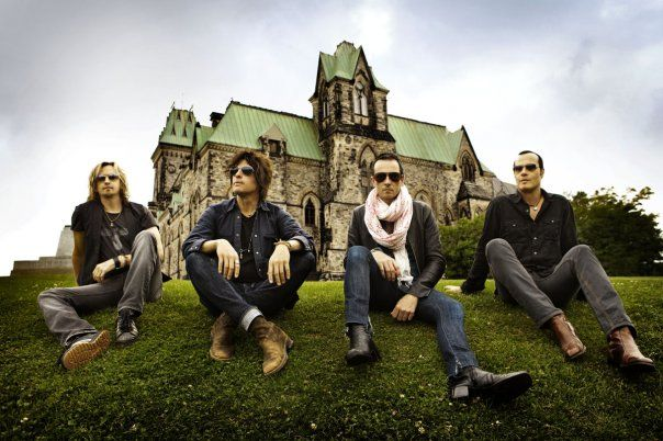 According to a press release just sent out on behalf of Stone Temple Pilots, singer Scott Weiland has been officially been fired from the band. Stone Temple Pilots have announced they have officially