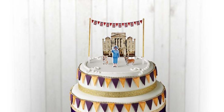 Her Majesty's birthday cake | Lyle's Golden Syrup