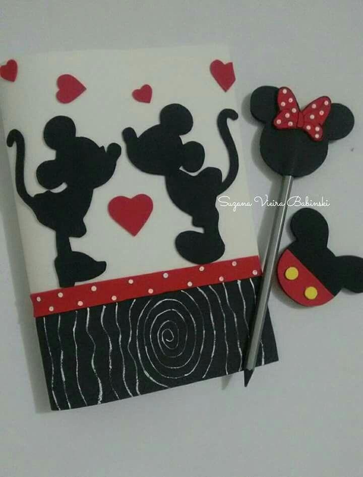 Capa decorada Mickey e Minnie
