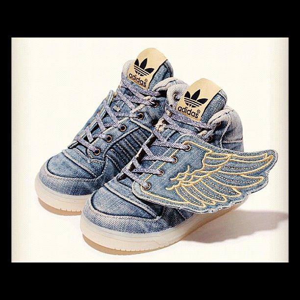 Adidas Jeremy Scott Moda