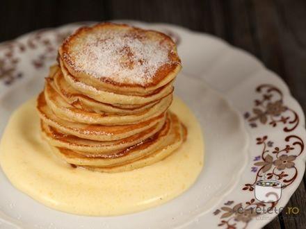 Pancakes cu sos de lamaie